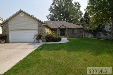 SFR located at 2633 Desert Drive