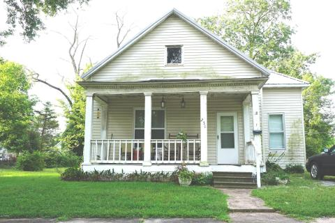 Local Real Estate: Homes for Sale — Salem, IL — Coldwell Banker
