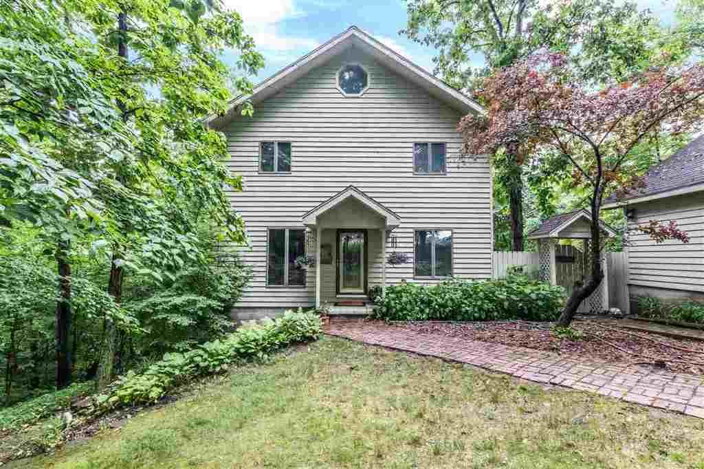 Local Real Estate: Homes for Sale — Delavan, IL — Coldwell Banker