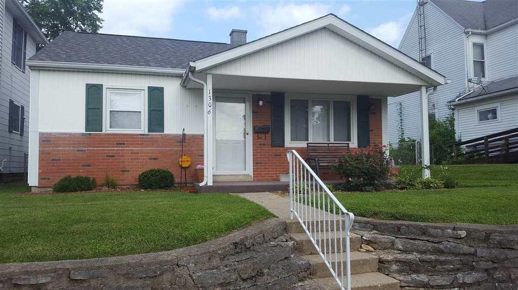 1306 Boyer St Richmond In Mls 10031352 Better Homes And Gardens Real Estate
