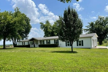 SFR located at 4004 Cr 4300