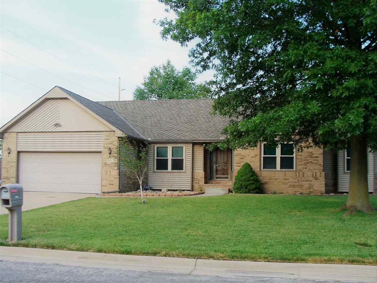 256 n woodchuck st wichita ks mls 537741 coldwell for Home builders wichita ks
