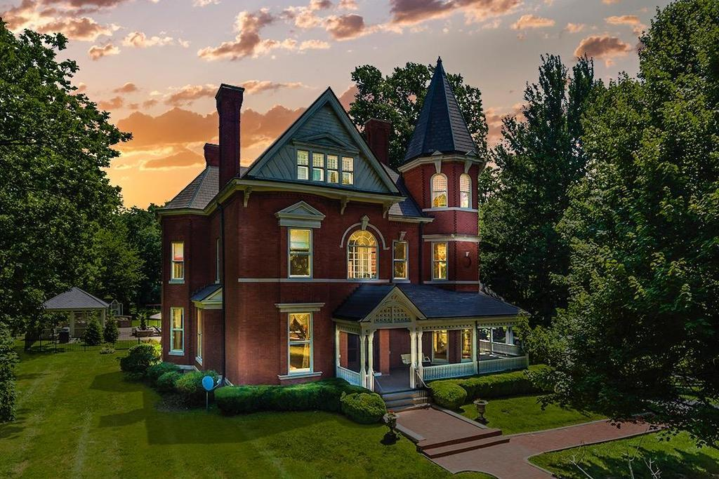 867 w main st richmond ky mls 1715221 era for Home builders richmond ky