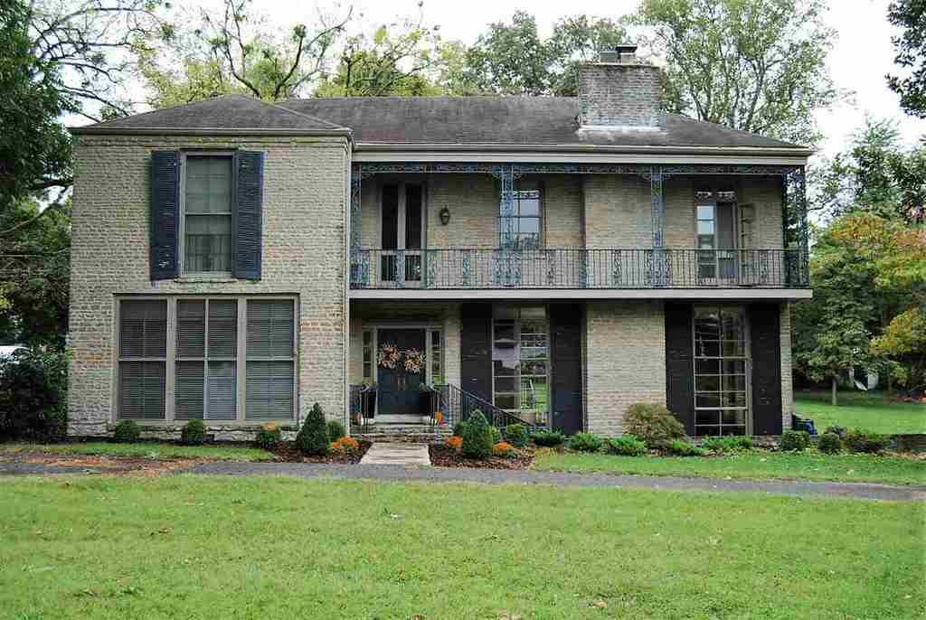 904 s green st glasgow ky mls 20163353 coldwell banker