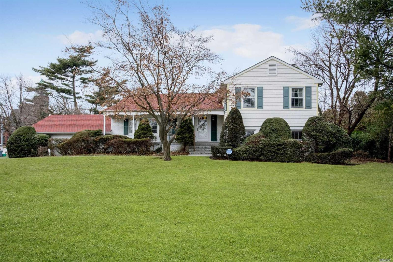 301 Stewart Ave, Garden City, NY — MLS# 3002059 — Better Homes and ...