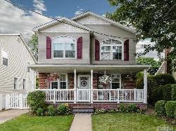 152 S Kensington Rd. Garden City South, NY 11530