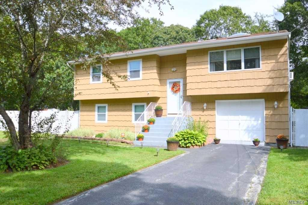 Shirley Real Estate — Homes for Sale in Shirley NY — ZipRealty