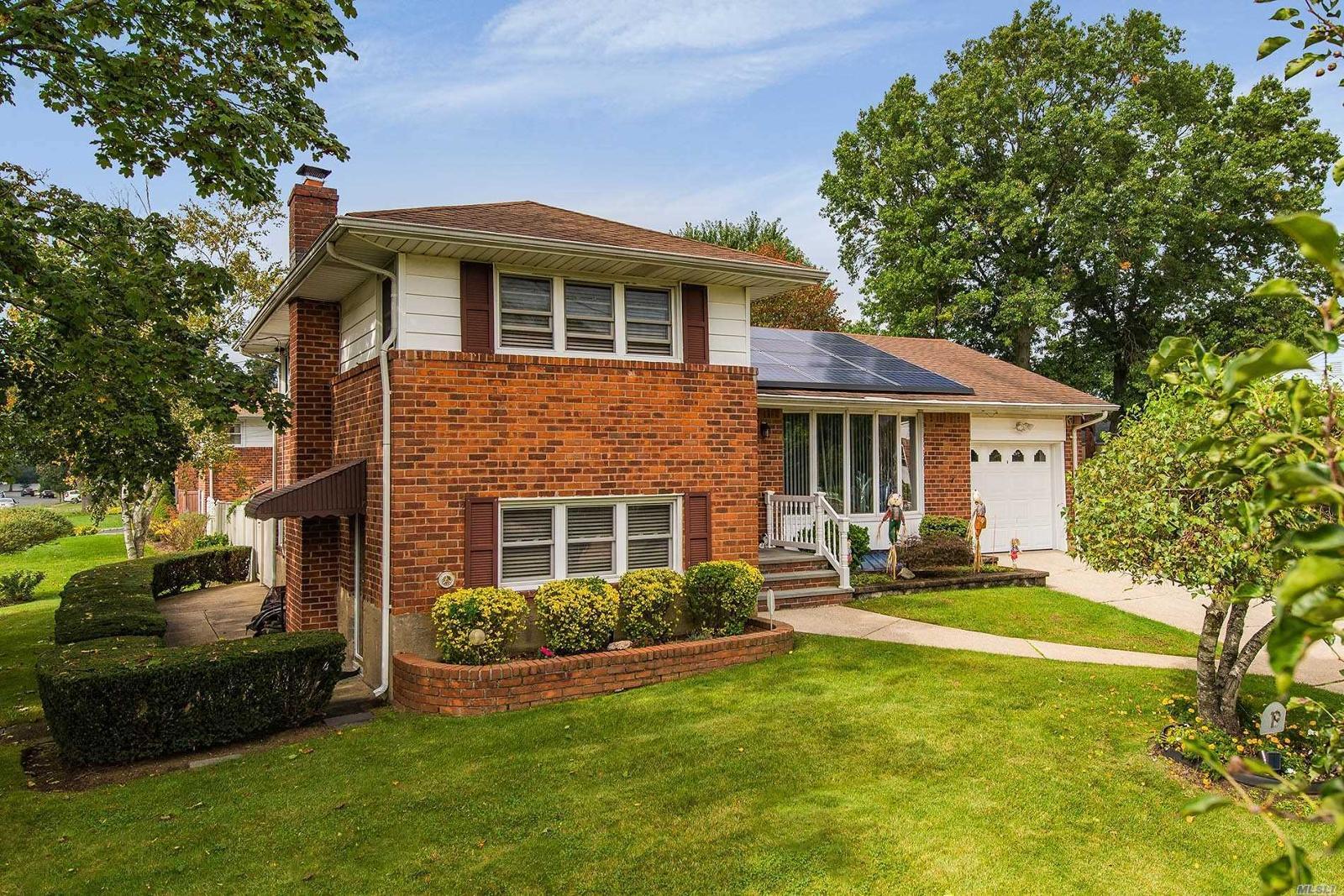 Homes for Sale in Deer Park NY — Deer Park Real Estate — ZipRealty
