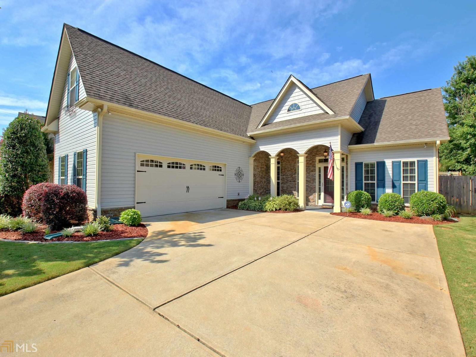 201 fairway dr newnan ga mls 8213343 better homes for Home builders in newnan ga