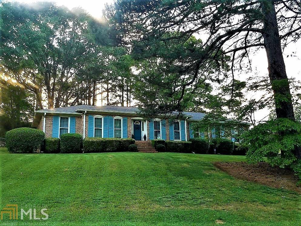 7 sweetbriar rd newnan ga mls 8213382 better homes for Sweetbriar garden homes