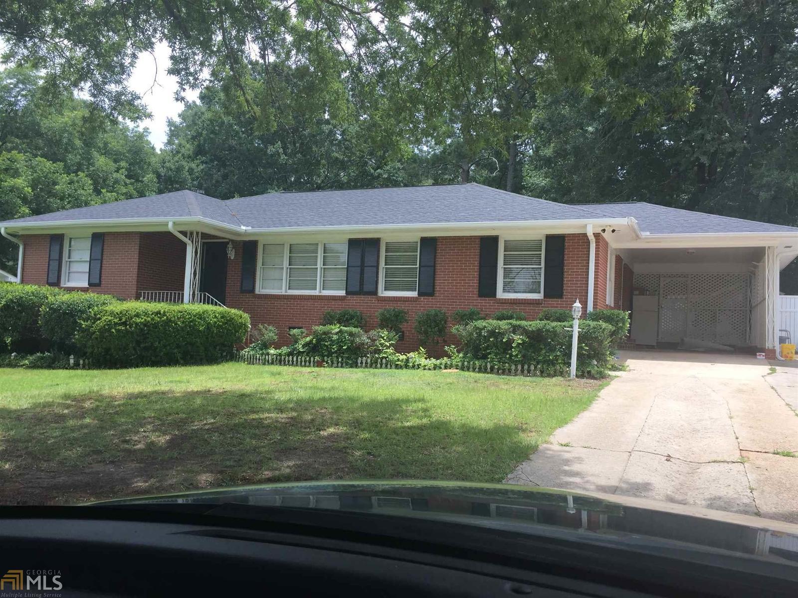 Home For Sale On Pine Street In Barnesville Ga