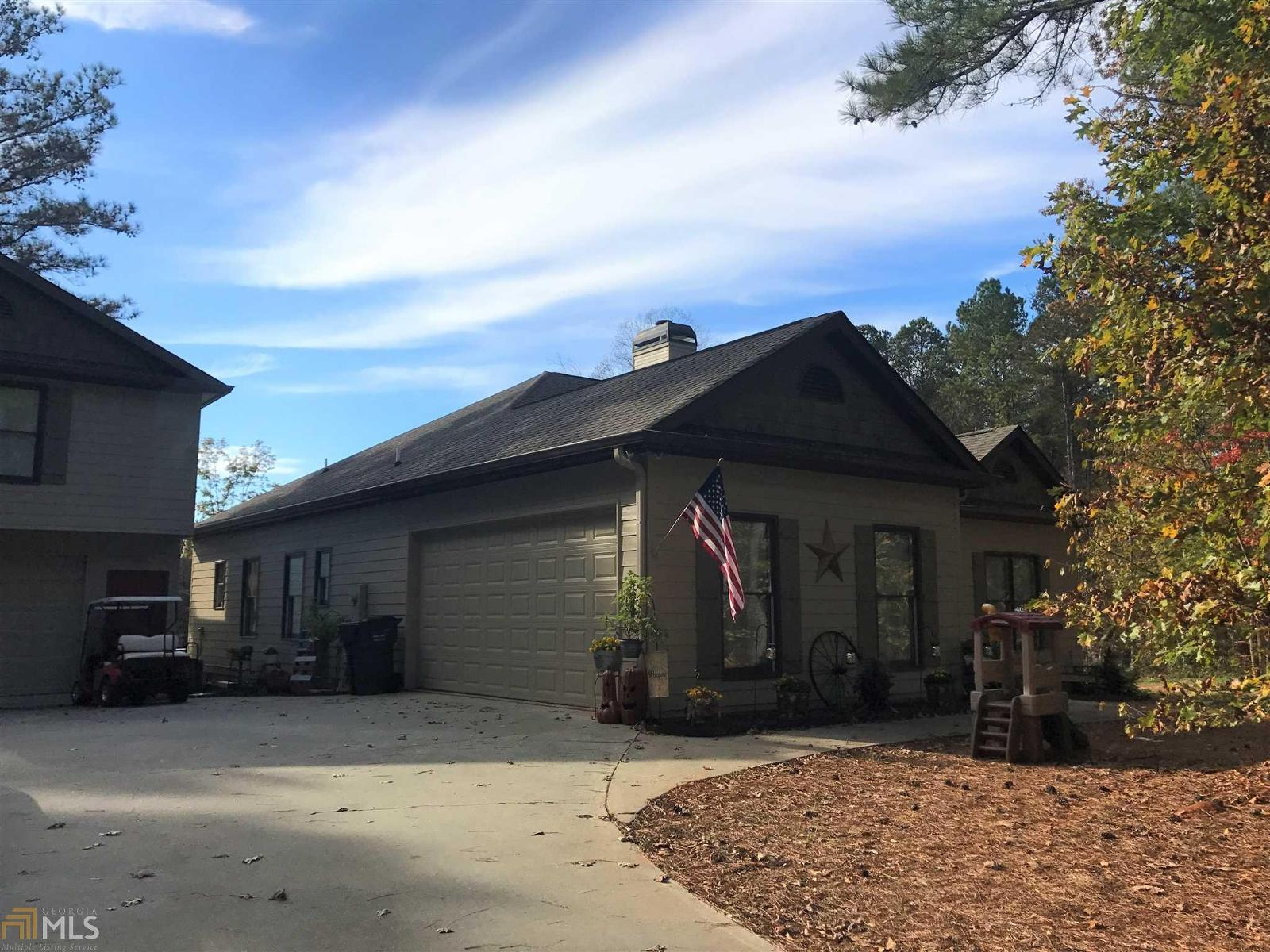 clayton homes tennessee with Homes For Sale In Monroe County Ga on Duck Dynastys Si Robertson Is Proud New Owner Of A Clayton Home together with Polly Adams Daughter Of Douglas Adams moreover Images additionally Triple Wide Mobile Homes With Brick together with Board.