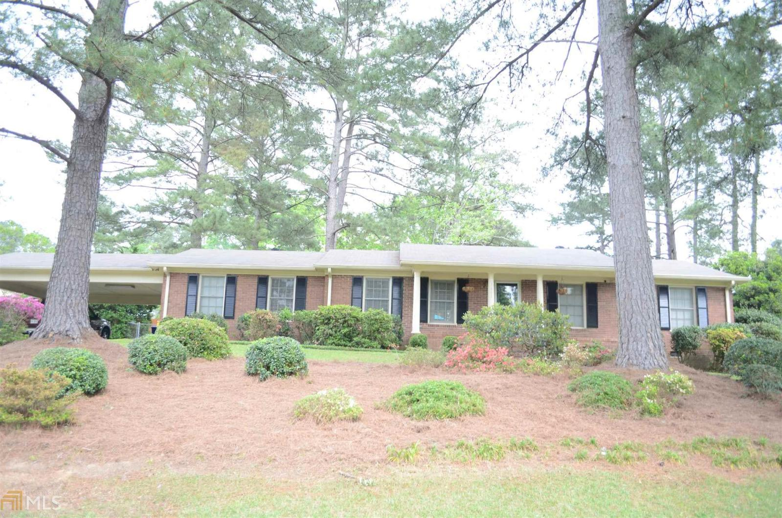 Enjoyable 1443 Lake Valley Rd Macon Ga 31210 Mls 8564762 Beutiful Home Inspiration Ponolprimenicaraguapropertycom