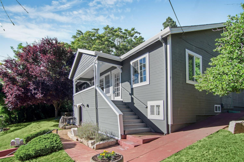 143 Bennett St Grass Valley Ca Mls 17037793 Better Homes And Gardens Real Estate