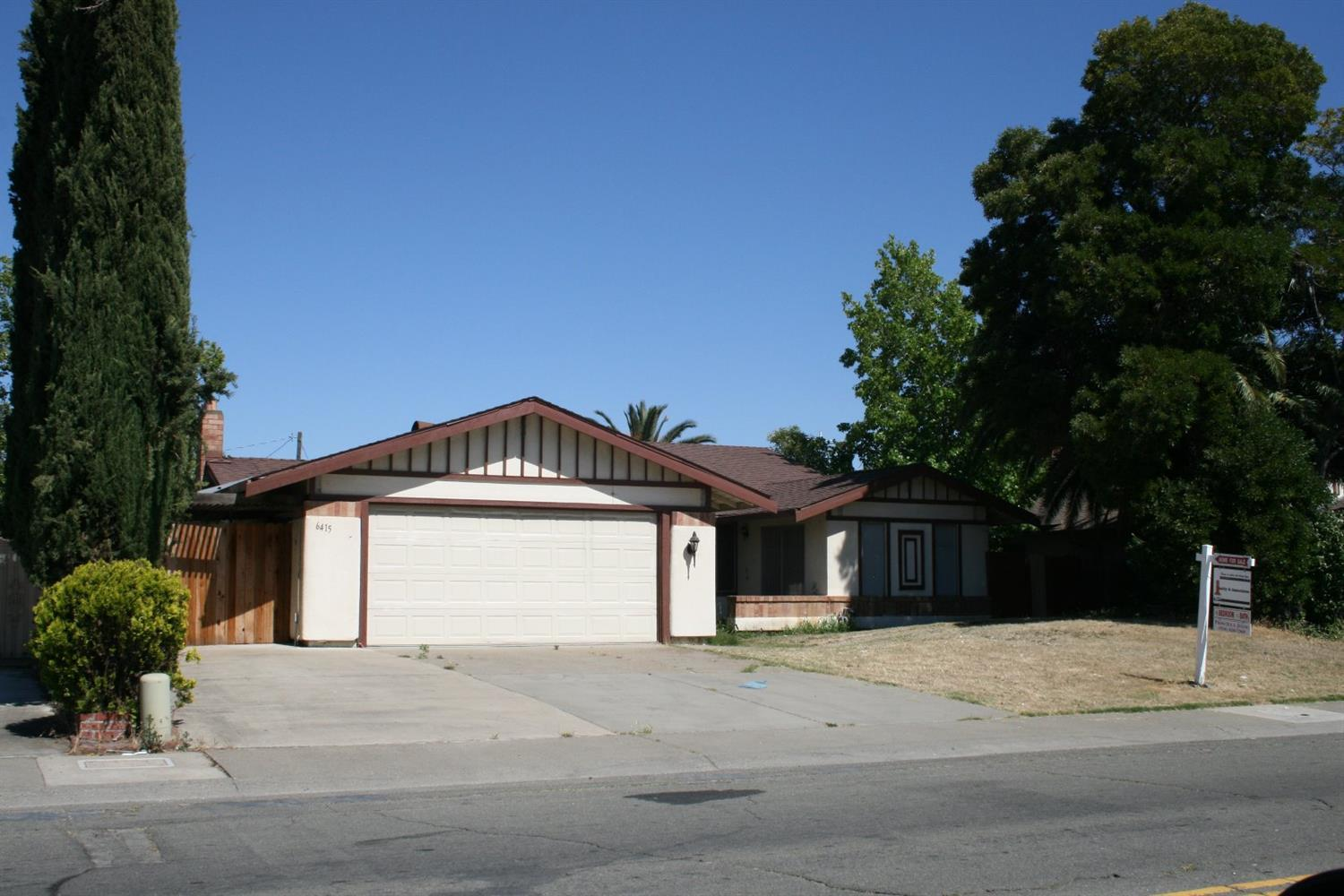 6415 rancho adobe dr sacramento ca mls 17063536 for Adobe home builders california
