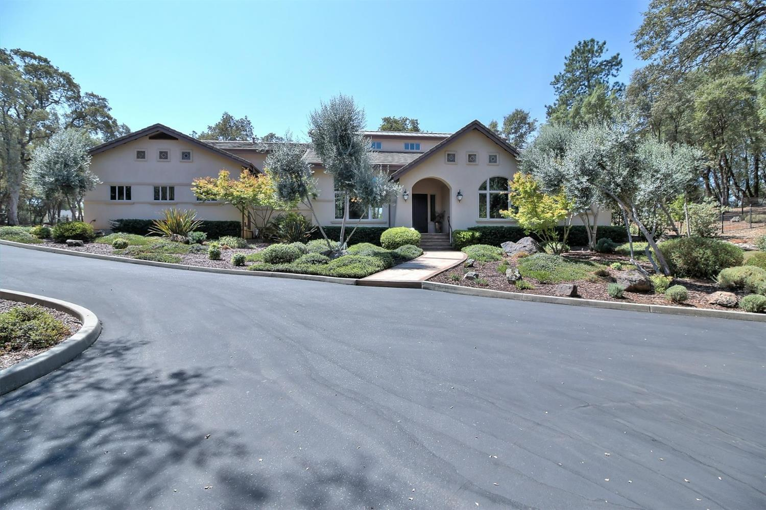 Property With A Mountain View In Auburn Ca