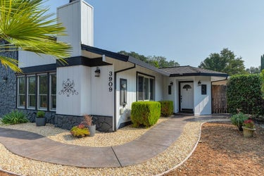 SFR located at 3909 FAIRWAY DRIVE
