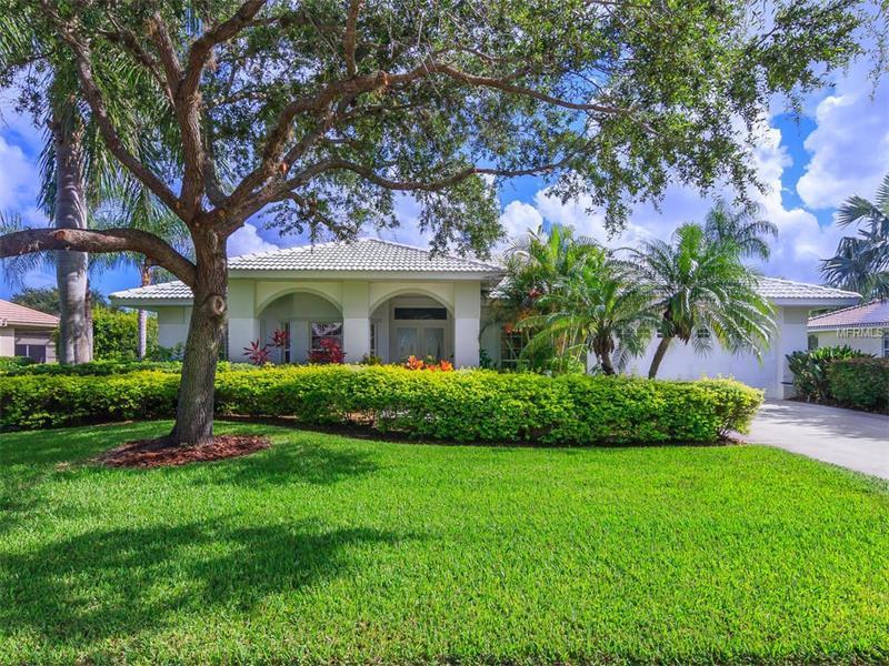 Deerbrook Gardens 8303 Deerbrook Cir Sarasota Fl Mls