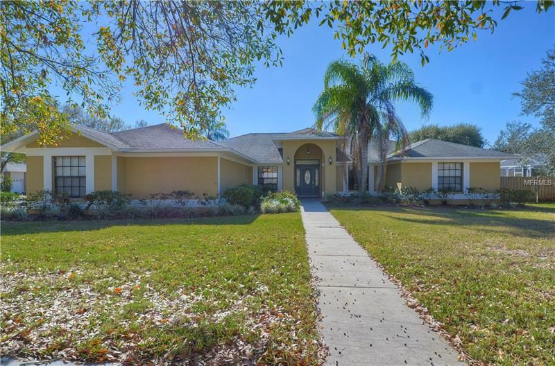 913 Academy Dr Brandon Fl Mls T2921883 Better Homes And Gardens Real Estate
