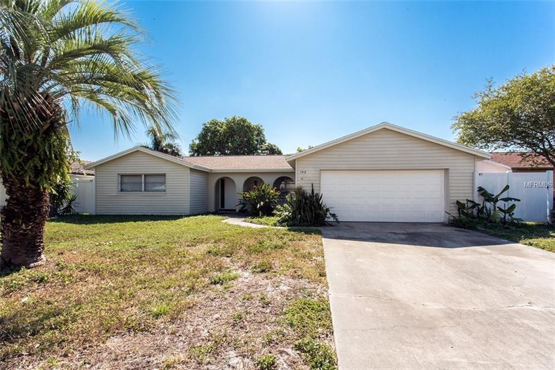 148 98th Ave Ne St Petersburg Fl Mls U7838600 Better Homes And Gardens Real Estate
