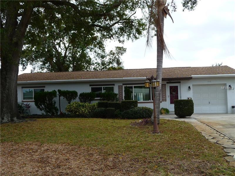 6160 41st Ave N St Petersburg Fl Mls U7842439 Better Homes And Gardens Real Estate