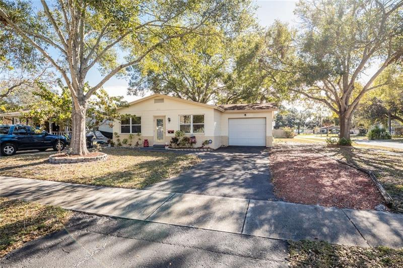 800 59th Ave Ne St Petersburg Fl Mls U7843314 Better Homes And Gardens Real Estate