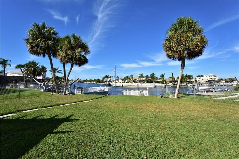 4965 Southshore Dr New Port Richey Fl Mls W7635519 Better Homes And Gardens Real Estate