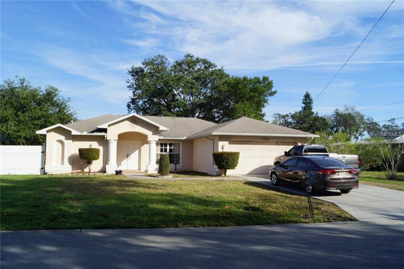 5784 Colonial Dr New Port Richey Fl Mls W7636298 Better Homes And Gardens Real Estate