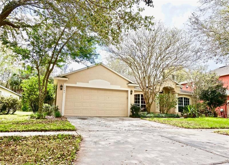1707 Woodmarker Ct Brandon Fl Mls W7638330 Better Homes And Gardens Real Estate
