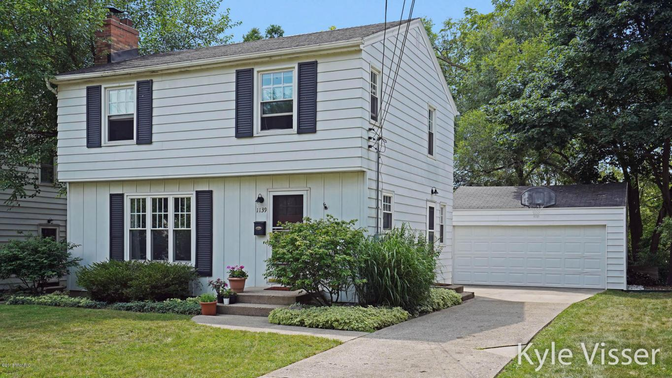 1139 Eastwood Ave SE, Grand Rapids, MI — MLS# 18036793 — Coldwell Banker
