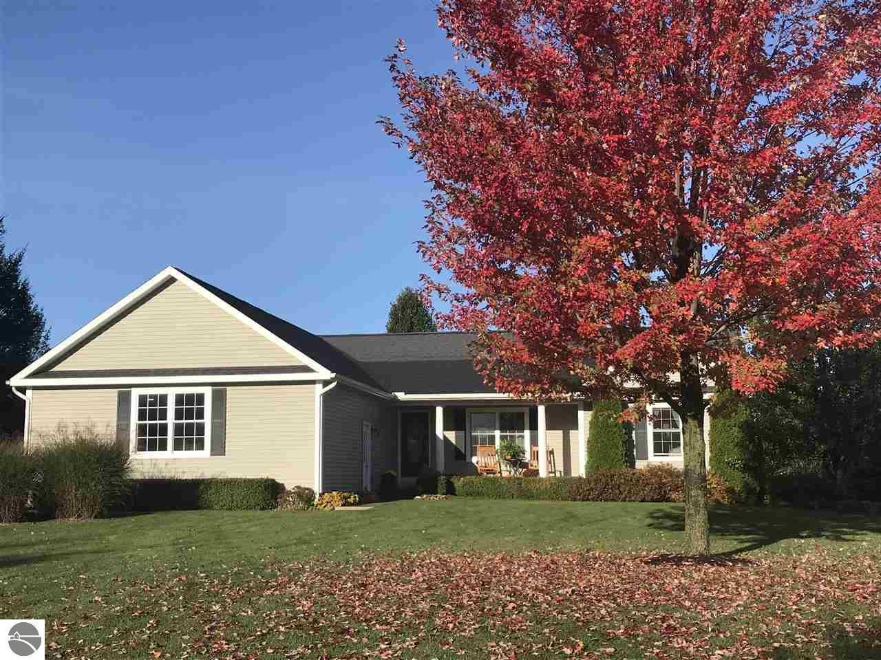 770 CLYDE LEE DR TRAVERSE CITY MI — MLS — Coldwell Banker