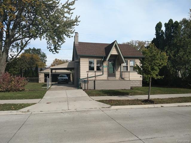 Property For Sale On Lake St Clair