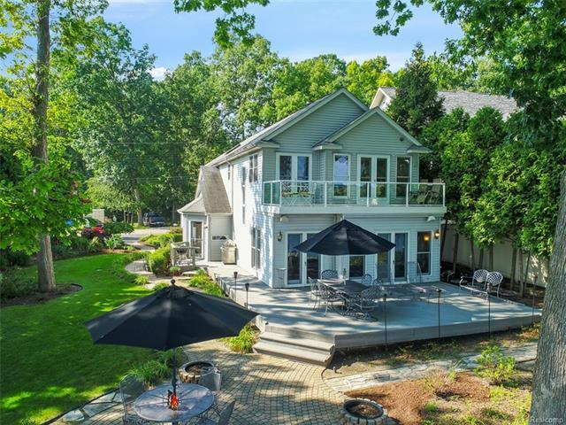Real Estate Listings & Homes for Sale in Waterford, MI — ERA