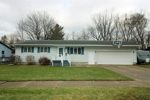 Homes For Sale In Greenville Mi Greenville Real Estate Ziprealty