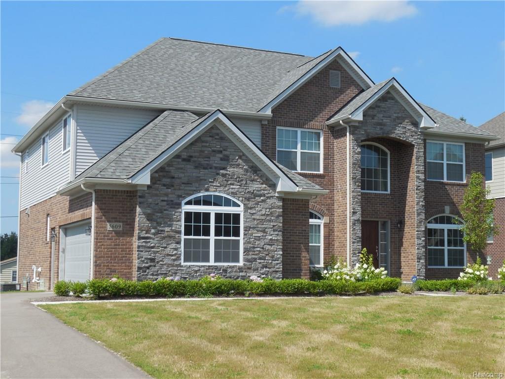 5609 fox ridge dr clarkston mi mls 21290652 century 21 real estate