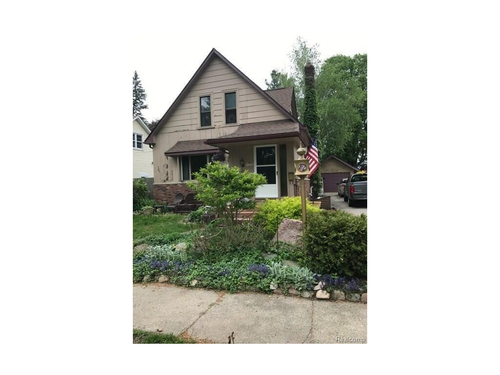 114 mary st yale mi mls 21299992 coldwell banker