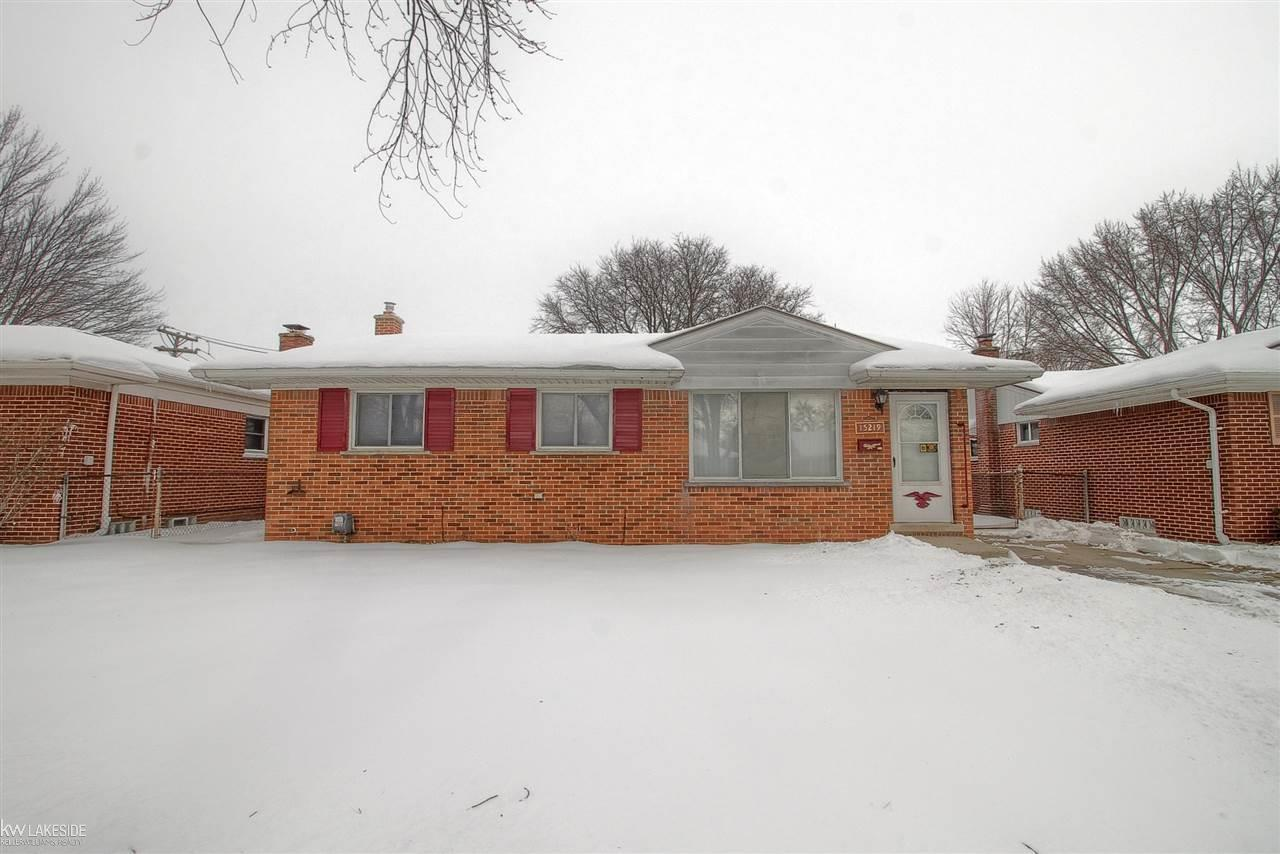 Local Real Estate: Foreclosures for Sale — Roseville, MI — Coldwell ...