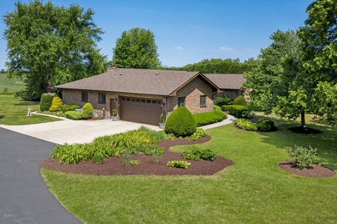 2117 S Country Club Road