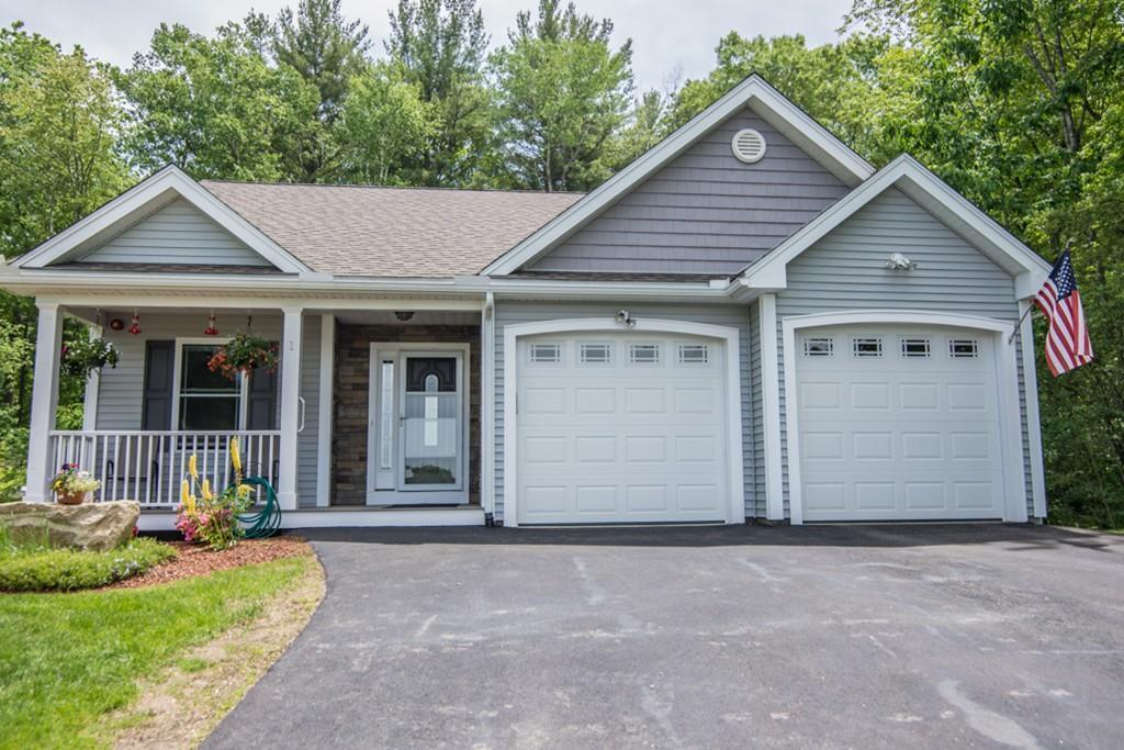 1 Whispering Oaks Rd Pelham Nh Mls 72183484 Better Homes And Gardens Real Estate