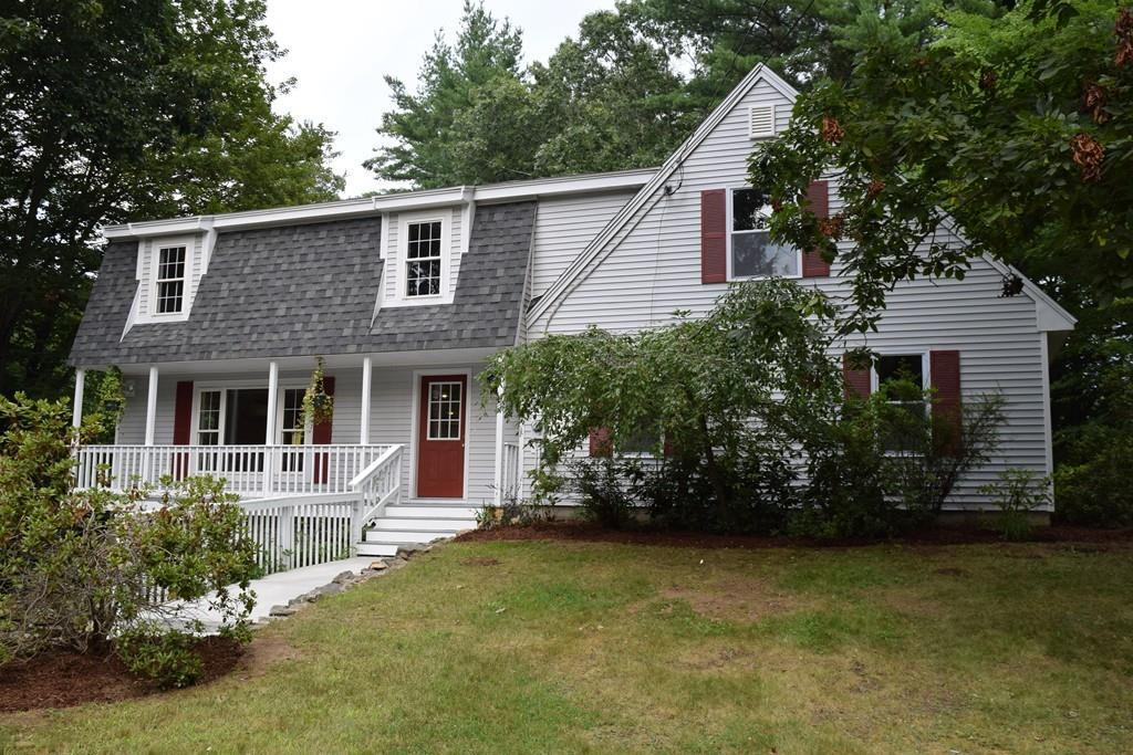 3 Acorn Dr Kingston Nh Mls 72209848 Better Homes And Gardens Real Estate