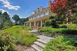 Pleasant Local Wrentham Ma Real Estate Listings And Homes For Sale Download Free Architecture Designs Intelgarnamadebymaigaardcom