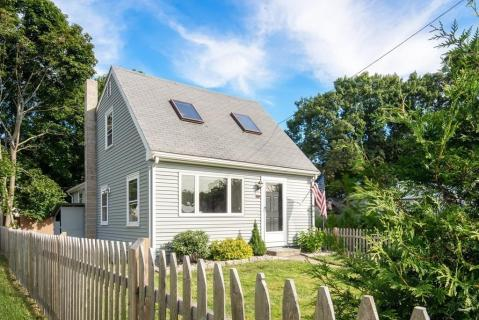 Super Local Real Estate Homes For Sale Wrentham Ma Coldwell Download Free Architecture Designs Intelgarnamadebymaigaardcom