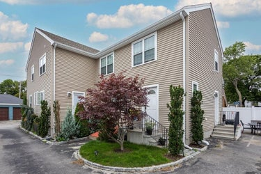 CND located at 13 Lincoln Ct #B
