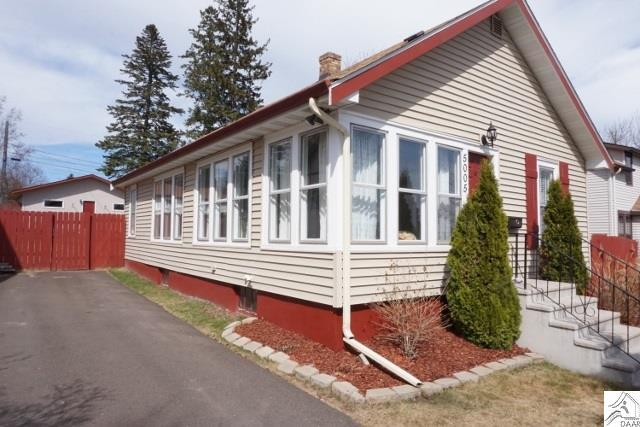 5005 jay st duluth mn mls 6028060 coldwell banker