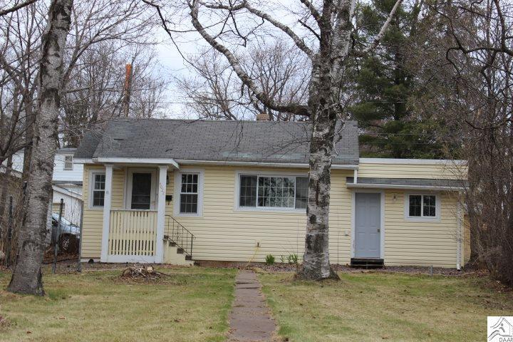 4027 mcculloch st duluth mn mls 6028631 coldwell banker