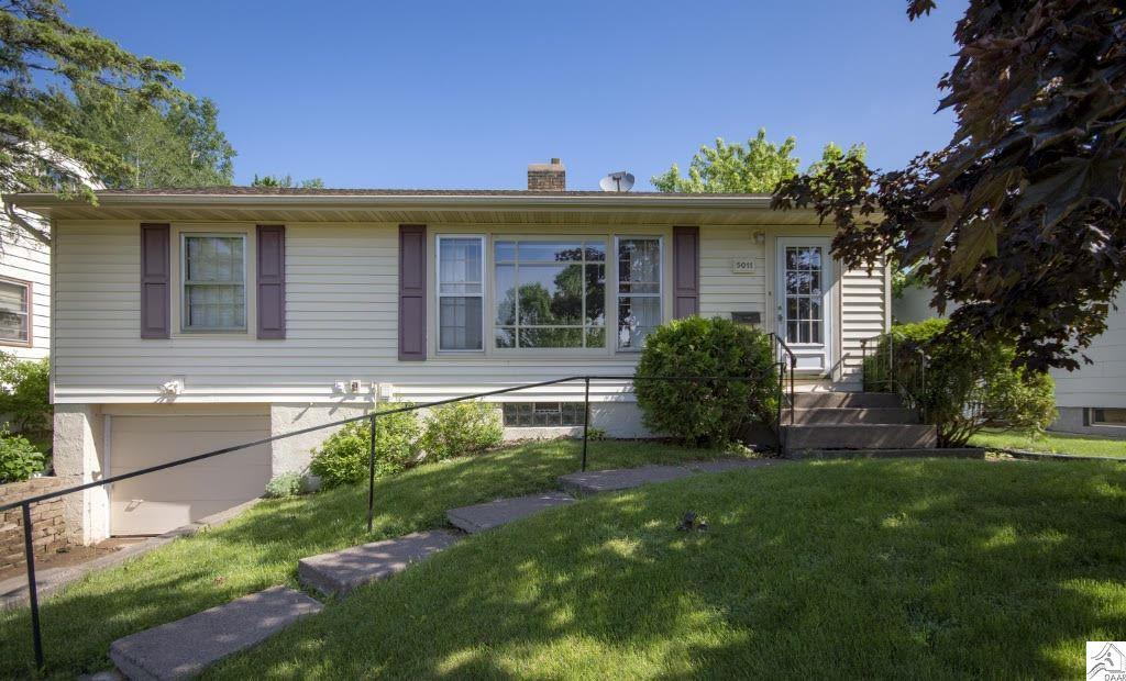 5011 oneida st duluth mn mls 6029671 coldwell banker
