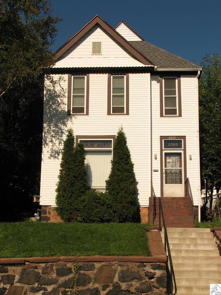 2205 w 4th st duluth mn mls 6030156 century 21 real