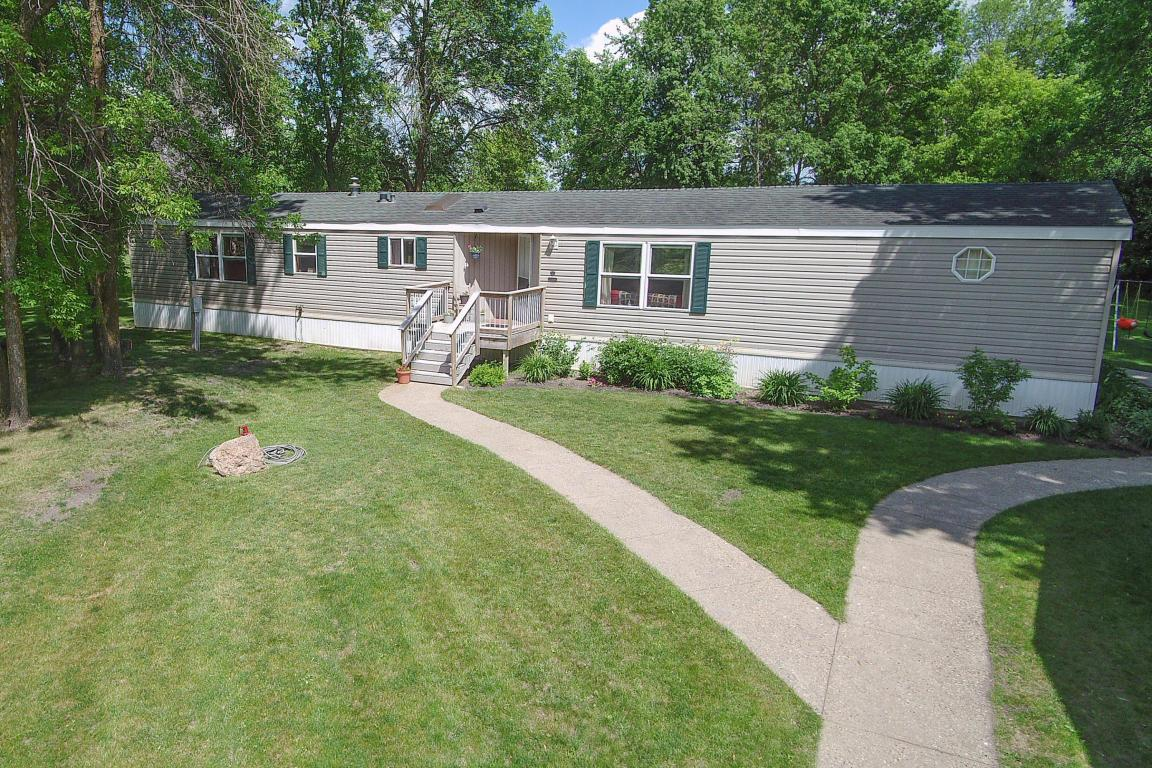 23649 us highway 59 detroit lakes mn mls 16 341 better homes and gardens real estate