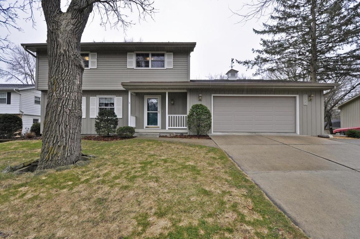 2246 viking dr nw rochester mn mls 4078259 coldwell