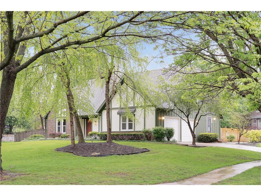 9504 W 116th Ter Overland Park Ks Mls 2042941 Better Homes And Gardens Real Estate